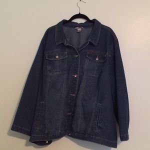 Light weight denim jacket